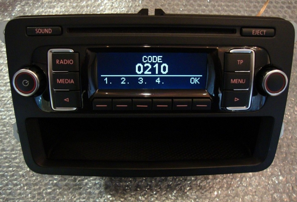 vw transporter t5 rcd 210 radio cd mp3 multi function. Black Bedroom Furniture Sets. Home Design Ideas