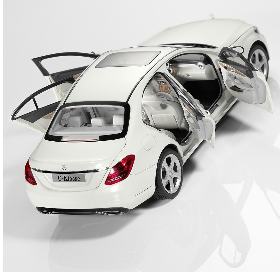 Norev mercedes benz c class w205 white model car 1 18 for Mercedes benz usa customer service phone number