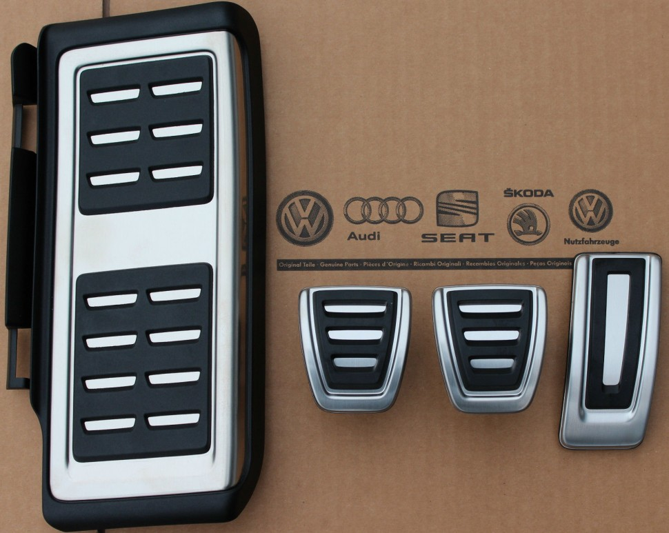 audi lhd a1 s1 8x pedal caps covers set footrest 8x1064200d genuine new ebay. Black Bedroom Furniture Sets. Home Design Ideas