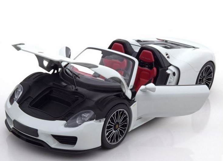 minichamps porsche 918 spyder 2013 white limited edition model car 1 18 genuine ebay. Black Bedroom Furniture Sets. Home Design Ideas